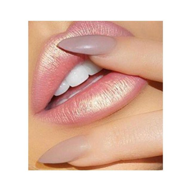 Were thinking about ValentinesDay beauty lips pout pose